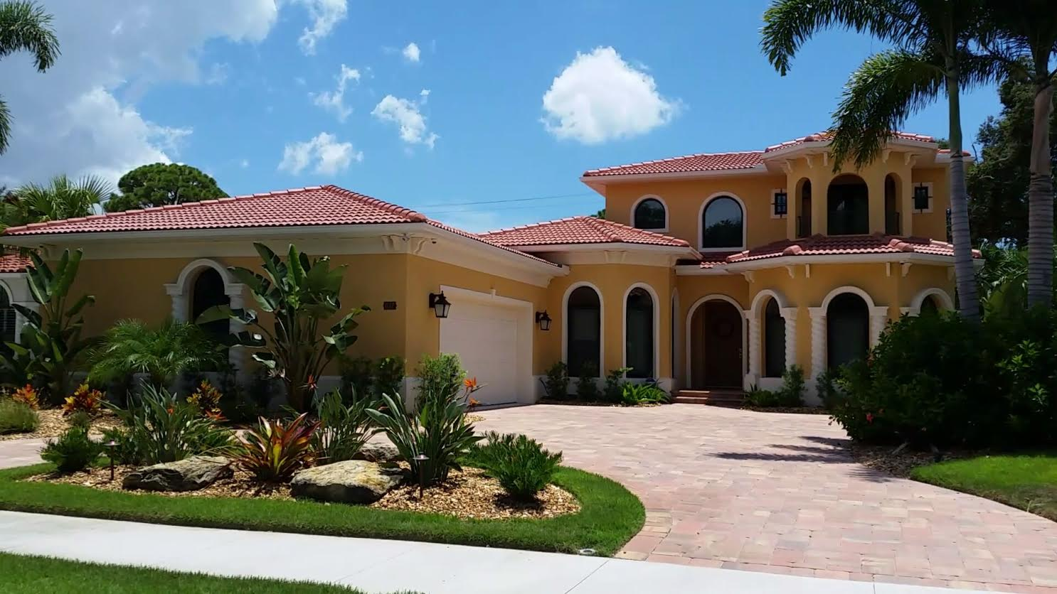 Houses for sale in sarasota fl house plan 2017 for House builders in florida
