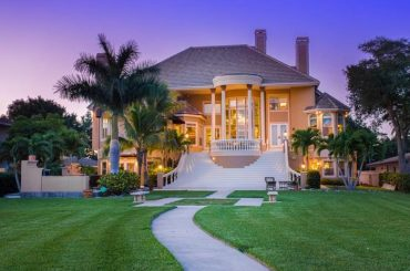 Sarasota Realestate Luxury Sales Up 22% in Aug 2015