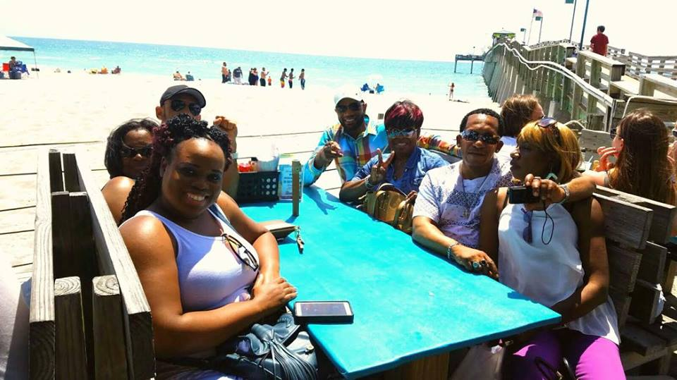 Am with my customers that I brought to Sarasota Florida having lunch by the beach.. All Hotel accommodations and meals are provided to our customers by Deltona. They can eat whatever they want on us... Thanks to all my customers who have made the trip to SARASOTA the next Big City In FLORIDA.