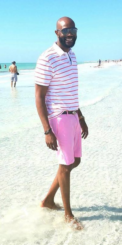 Took my shoes off today enjoying Siesta Key Beach in Sarasota, Florida while I show my customers the Sarasota Lifestyle...