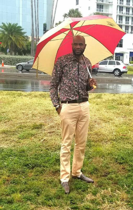 Its raining in Sarasota today but I am prepared I have my umbrella... About to go down to Siesta Key beach with my customers on the trip this weekend to show them the Sarastota lifestyle.. Rain or Shine the grind continues... Have a Great Day everyone..