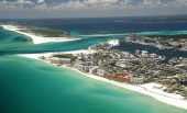 Rent A Wintertime Vacation Home In These 5 US Destinations